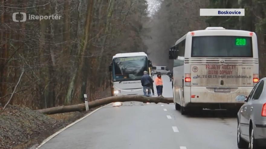 Video iReportér: místa v Česku zasypal sníh a rozvodnily se některé řeky