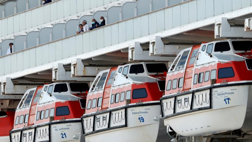 Video Na lodi Diamond Princess bylo potvrzeno 44 nových případů nákazy koronavirem, infikováno je 218 lidí