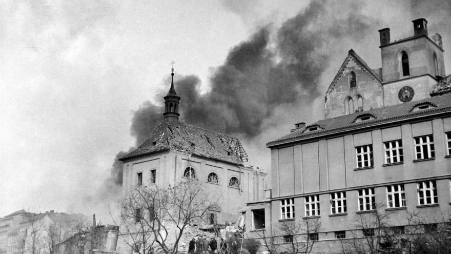 Video Historie.cs - Proč nás Spojenci bombardovali?