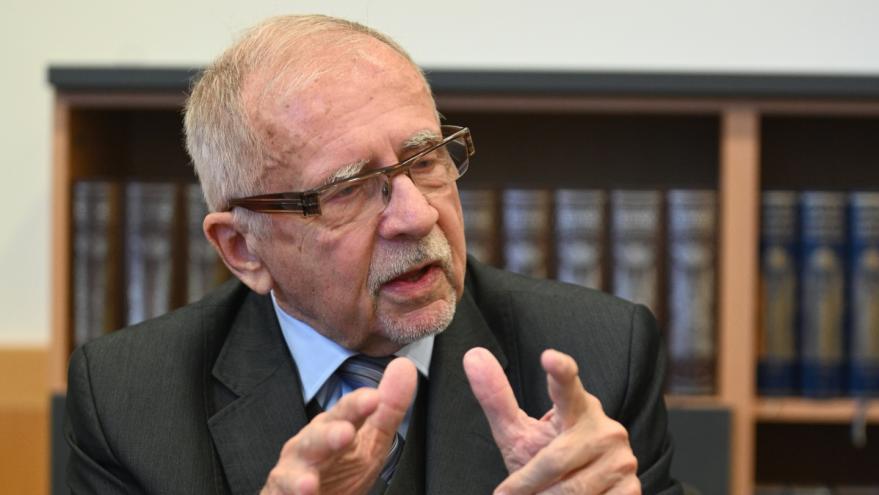 Video Stanislav Křeček se stal novým veřejným ochráncem práv