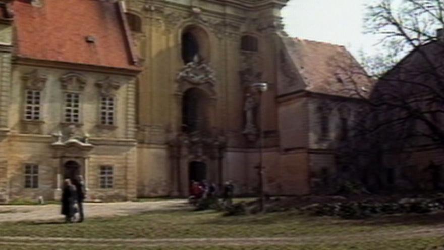 Video Benediktini převzali Rajhrad