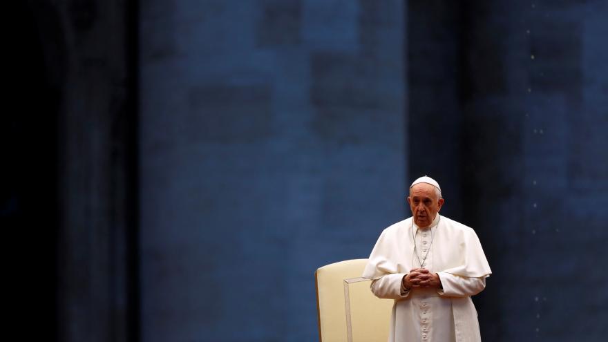 Video Mimořádné požehnání Urbi et Orbi papeže Františka