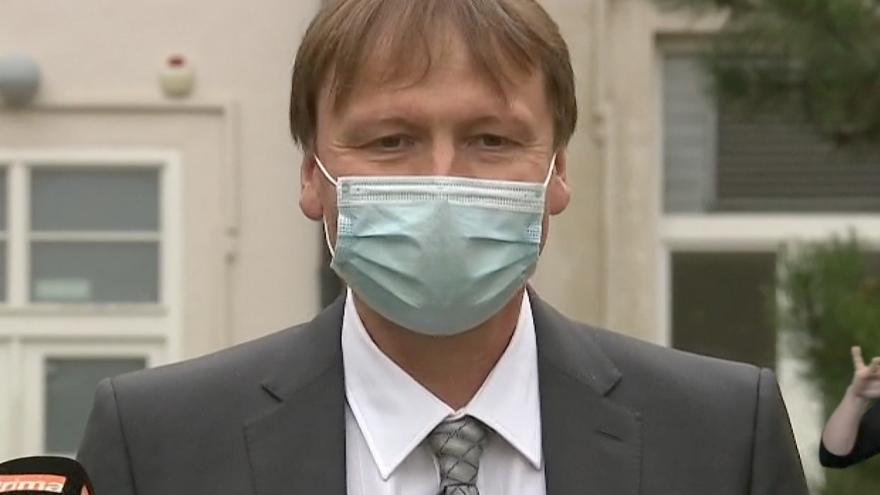 Video Události, komentáře: Nemocnice se vracejí ke standardnímu provozu