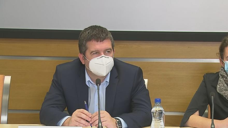 Video Brífink ministra vnitra Jana Hamáčka 7. dubna