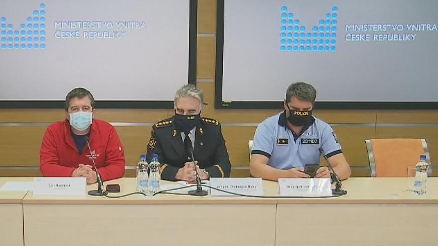 Video Tisková konference po jednání Ústředního krizového štábu 15. dubna