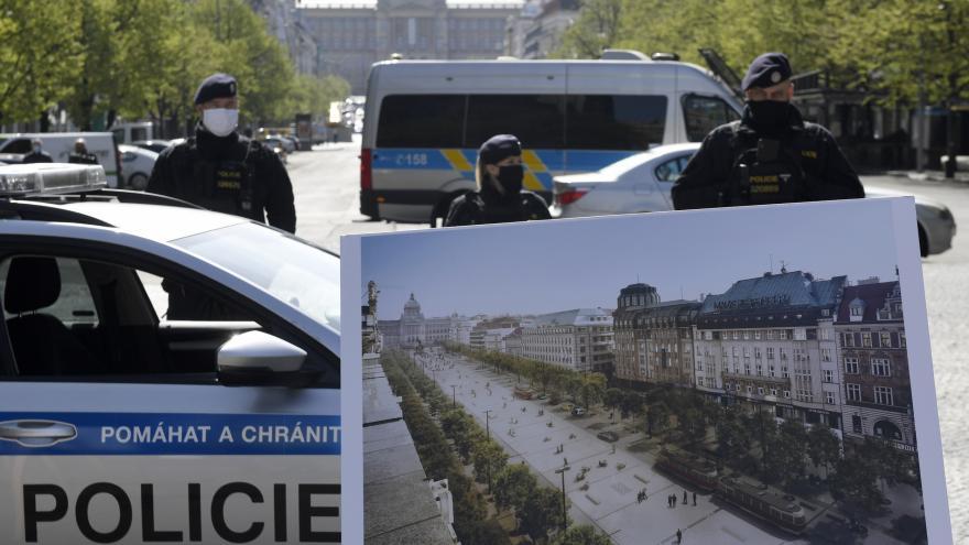 Video Začíná rekonstrukce Václavského náměstí. Slavnostní zahájení přerušila policie