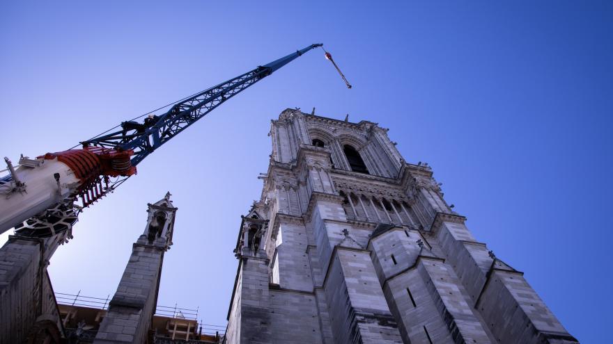 Video Rok od požáru Notre Dame. Opravy mohou kvůli současné situaci trvat déle