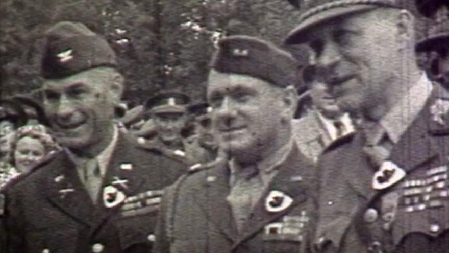 Video Nejen Rudá armáda, ale také U.S. Army