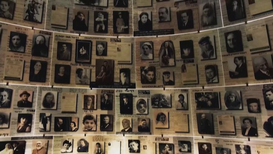 Video Izraelský den obětí holocaustu letos uctili zhudebněním básně české vězeňkyně