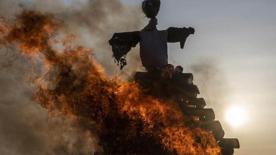 Video Hasiči vybízejí k opatrnosti při pálení čarodějnic