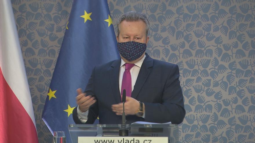 Video Brífink ministra životního prostředí Richarda Brabce na téma sucho 29. dubna