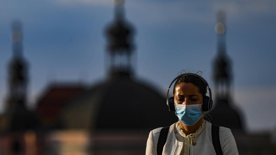 Video Události: Pandemie ustupuje, vláda mírní některá opatření