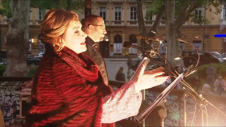 Video Figarova svatba v záhřebském parku. Chorvatští umělci podporují v době pandemie