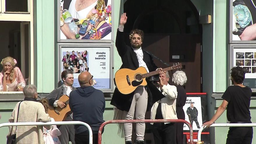 Video Moravskoslezská divadla neotevřou. V zákulisí je ale rušno