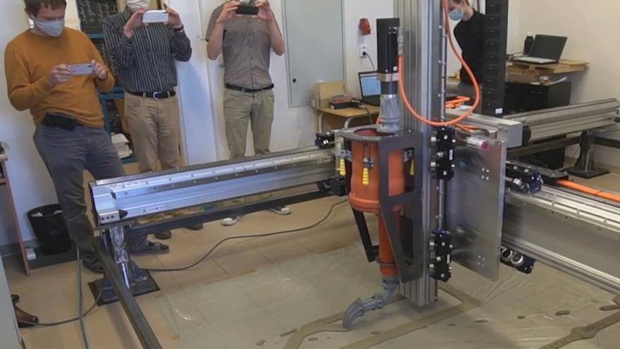 Video 3D tisk domu. Liberečtí technici vyvíjejí speciálního robota