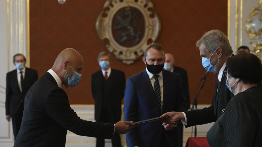 Video Prezident Zeman jmenoval předsedu Nejvyššího soudu