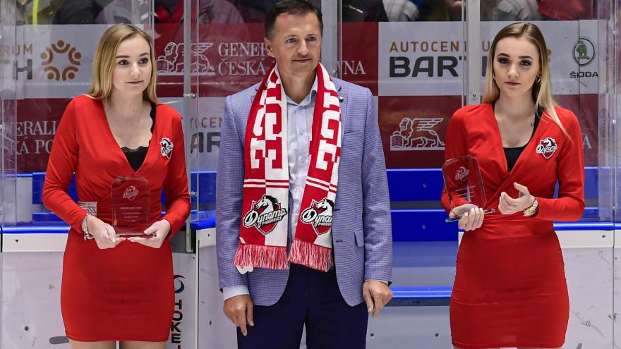 Video Pardubice schválily prodej většinového podílu v Dynamu podnikateli Dědkovi