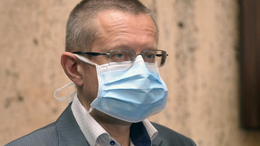 Video Ladislav Dušek o vývoji pandemie v Česku