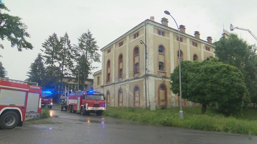 Video Požár v pivovaru Konrád způsobil škody za miliony. Provoz oheň neohrozil