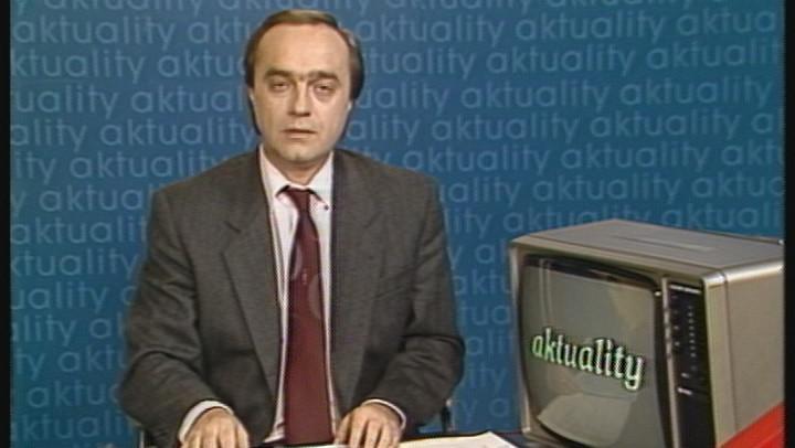 Video 1989: Zpráva o konci Miloše Jakeše s celým předsednictvem strany