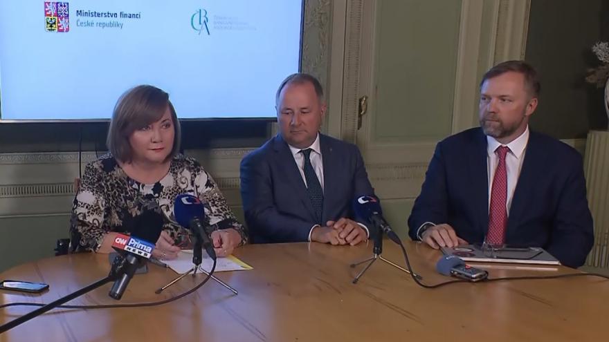 Video Brífink ministryně financí Aleny Schillerové o čerpání prostředků z programu Covid III