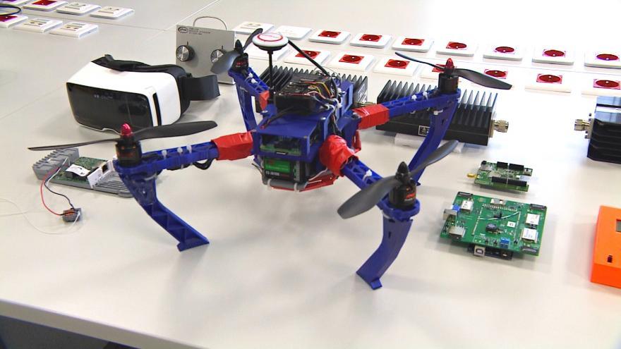 Video Tisková konference k novým pravidlům pro používání dronů