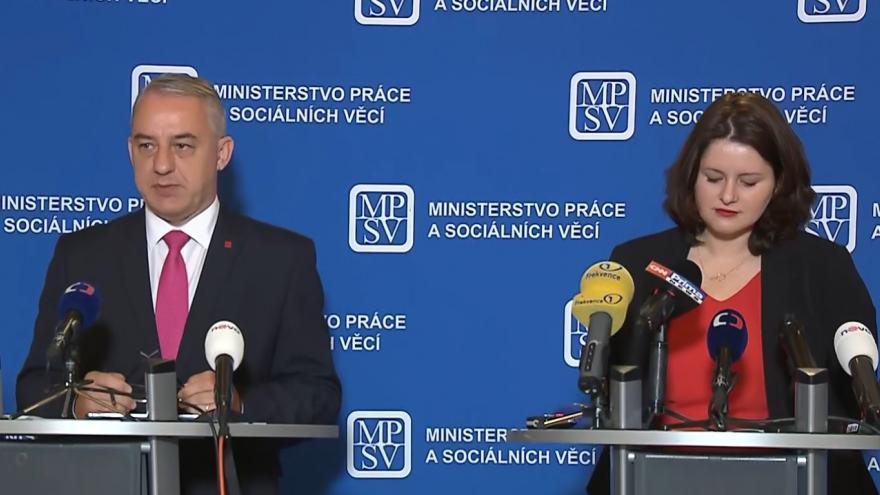 Video Brífink ministryně práce a sociálních věcí Jany Maláčové a předsedy ČMKOS Josefa Středuly
