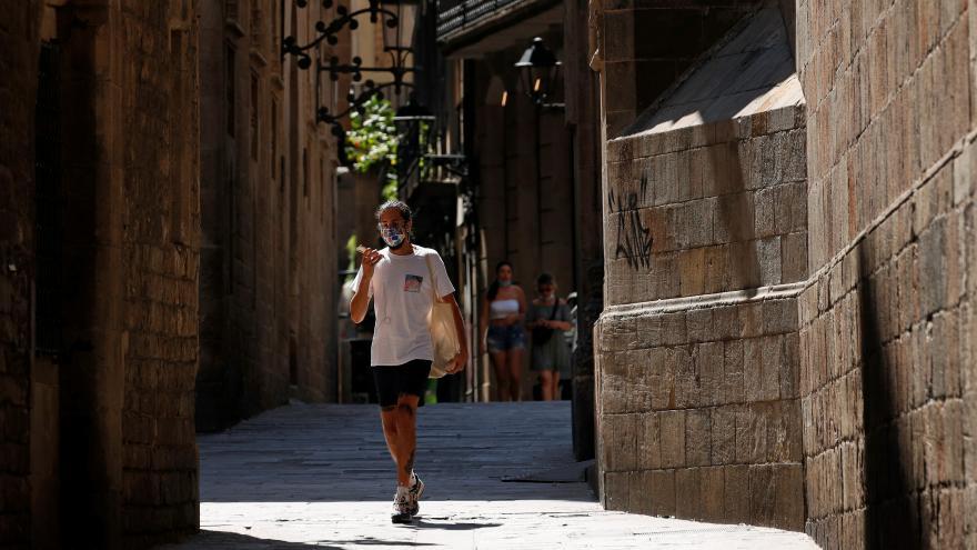 Video Události: Evropské země nedoporučují cestování do Španělska