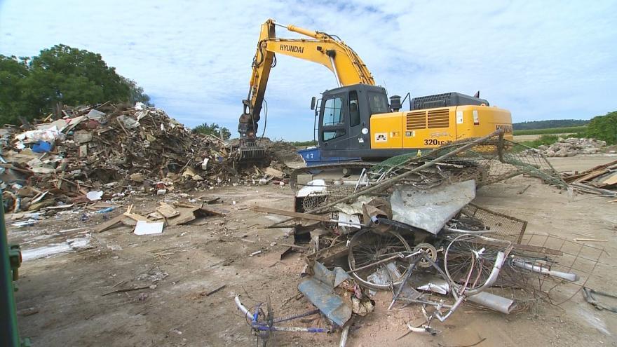 Video Šumvald se stále vypořádává s následky povodní