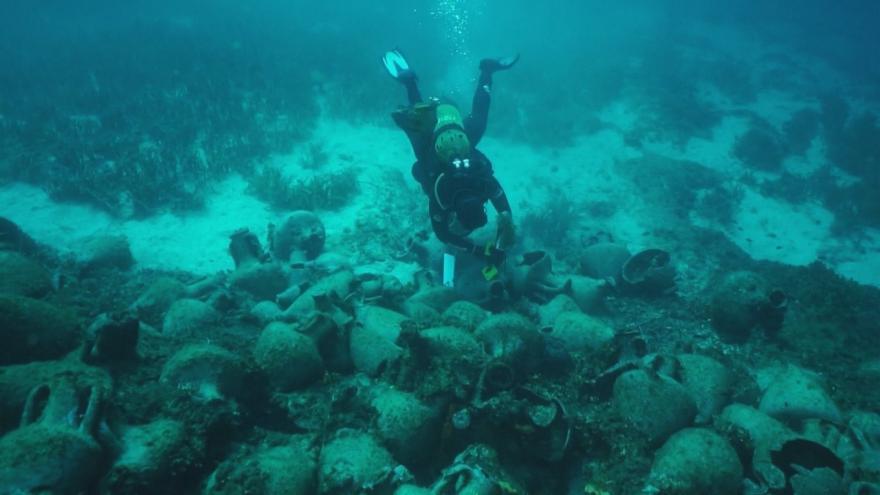 Video Události: Podmořská akropolis