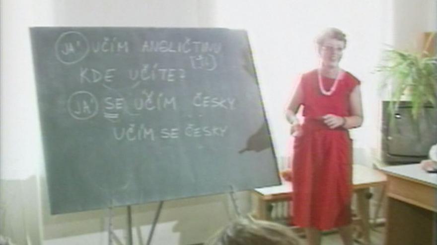 Video Nedostatek učitelů angličtiny