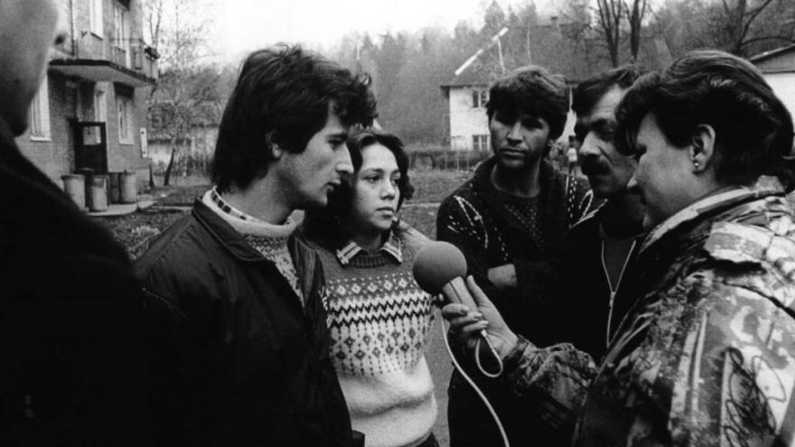Video Archiv ČT24:  Jak k nám přicházeli v minulosti běženci