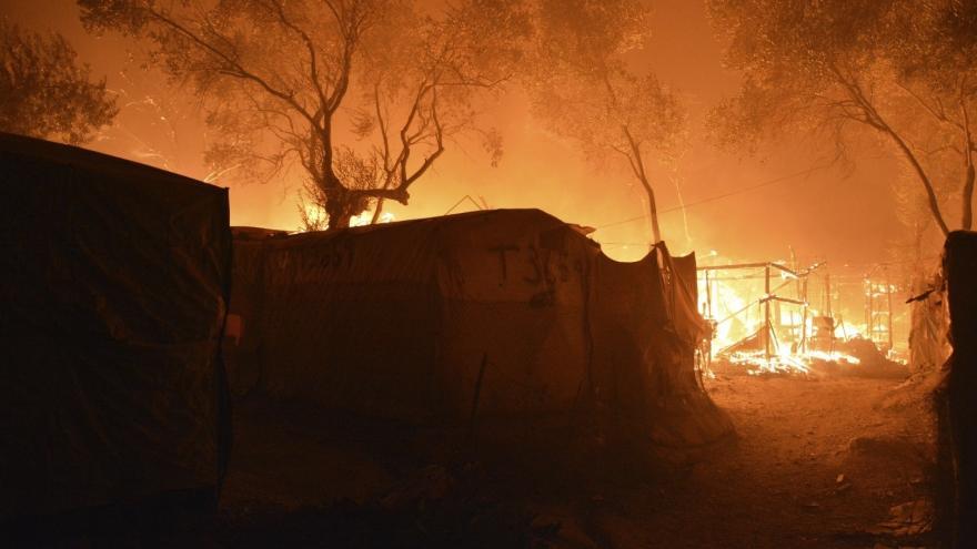 Video Události: Požár tábora