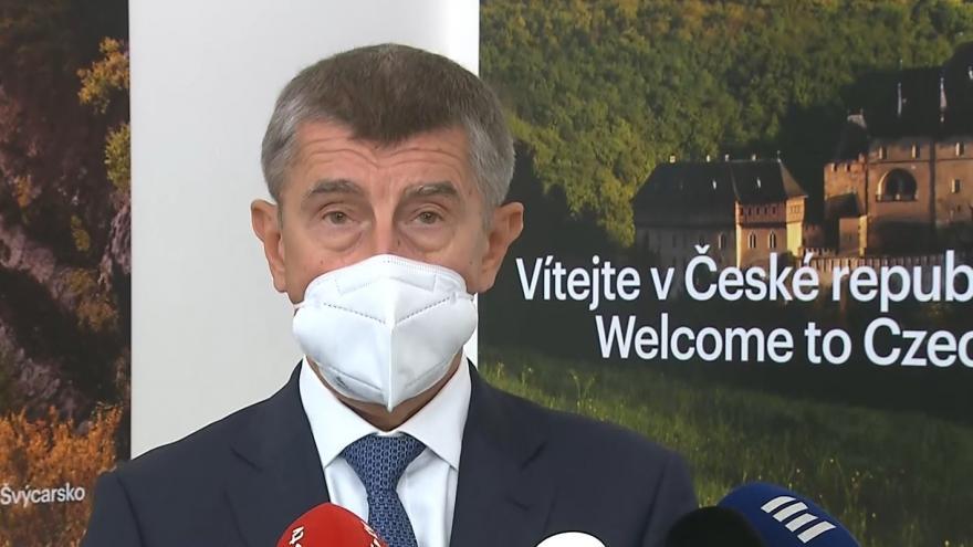 Video Premiér Andrej Babiš před odletem do Vídně 9. září