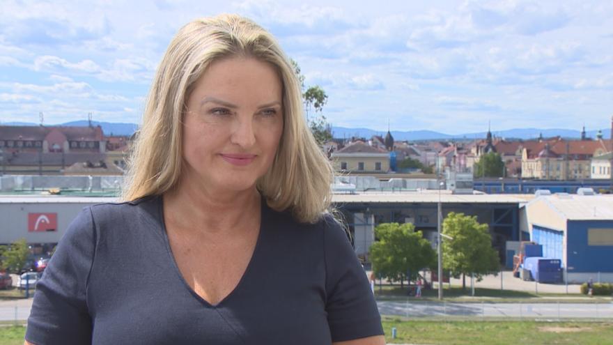 Video Lídr kandidátky - Demokratická strana zelených - ZA PRÁVA ZVÍŘAT- Libuše Eva Hulcová