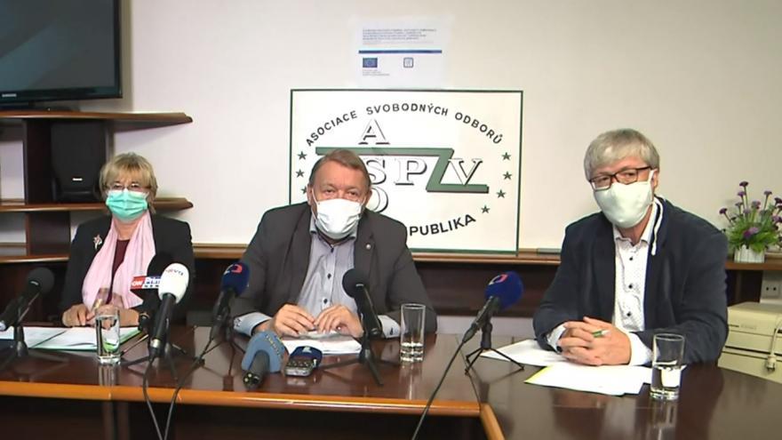 Video Brífink Odborového svazu zdravotnictví a sociální péče ČR a Lékařského odborového klubu