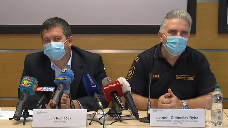 Video Brífink ministra vnitra Jana Hamáčka po jednání Ústředního krizového štábu