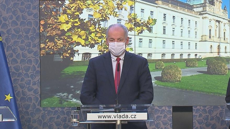 Video Tisková konference po jednání vlády 27. října