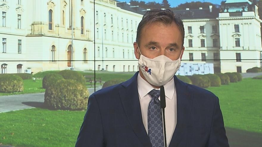 Video Tisková konference po jednání vlády 2. listopadu