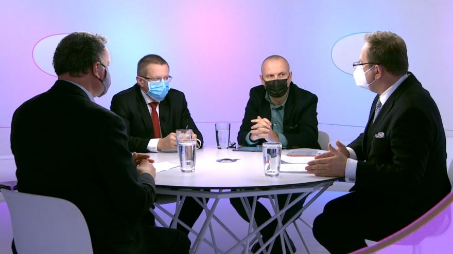 Video Testováním a zkoumáním dat proti epidemii