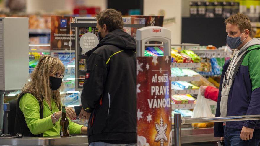 Video 90' ČT24 – Boj proti dvojí kvalitě potravin na českém trhu