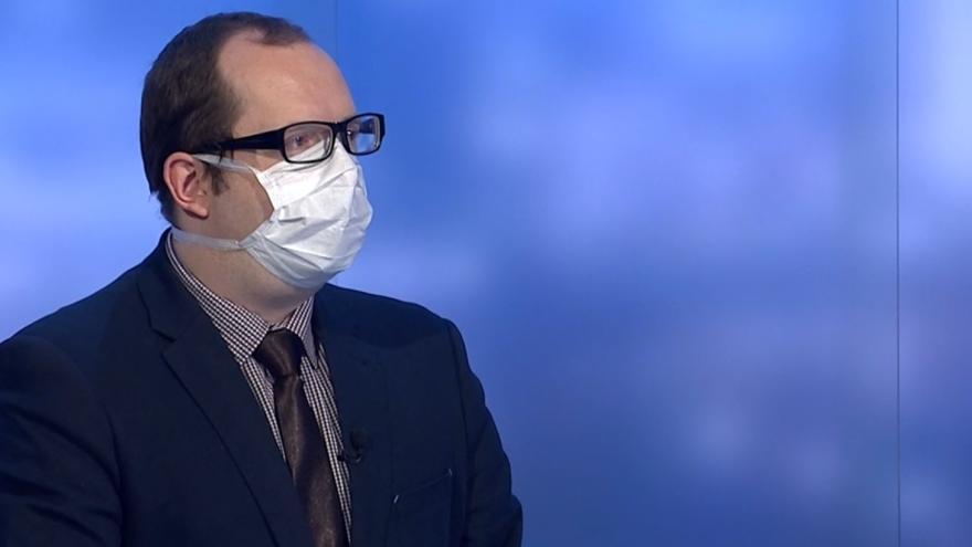 Video Podle vědců z Iniciativy Sníh během epidemie zemřely v Česku tisíce lidí zbytečně