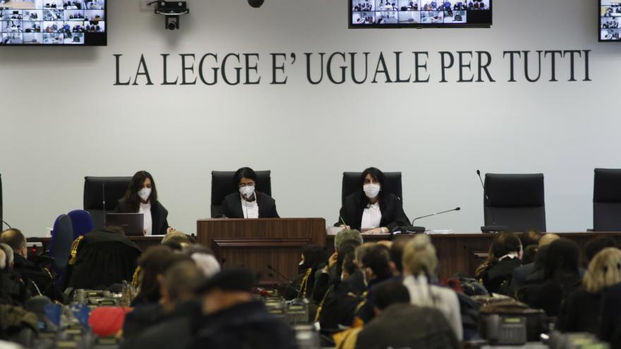 Video V Itálii začal velký proces s mafií 'Ndrangheta
