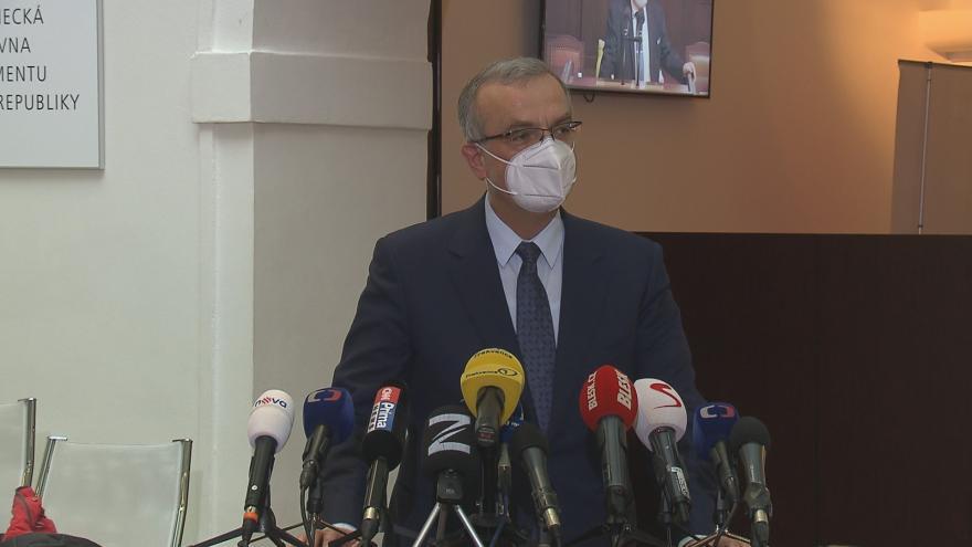 Video Brífink Miroslava Kalouska ke složení poslaneckého mandátu