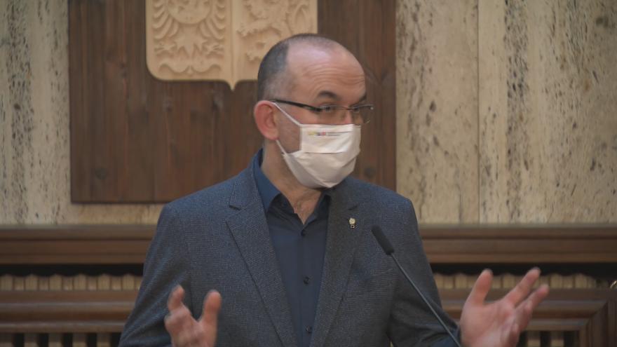 Video Tisková konference Ministerstva zdravotnictví k vývoji epidemie z 22. ledna