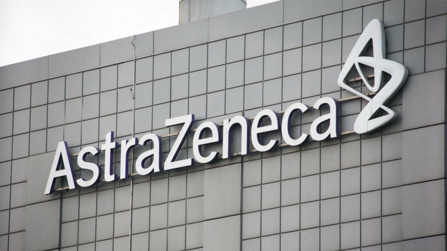 Video Události: AstraZeneca míří s problémy do Evropy