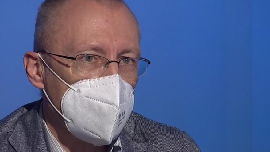 Video Hostem Interview ČT24 byl bývalý náměstek pro zdravotní péči Aleksi Šedo
