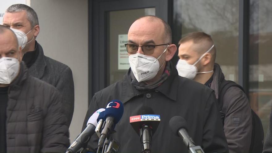 Video Ministr zdravotnictví Blatný v chebské nemocnici
