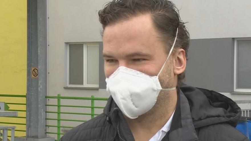 Video Primář interního a covidového oddělení Nemocnice Sokolov Martin Straka o momentální situaci v regionu
