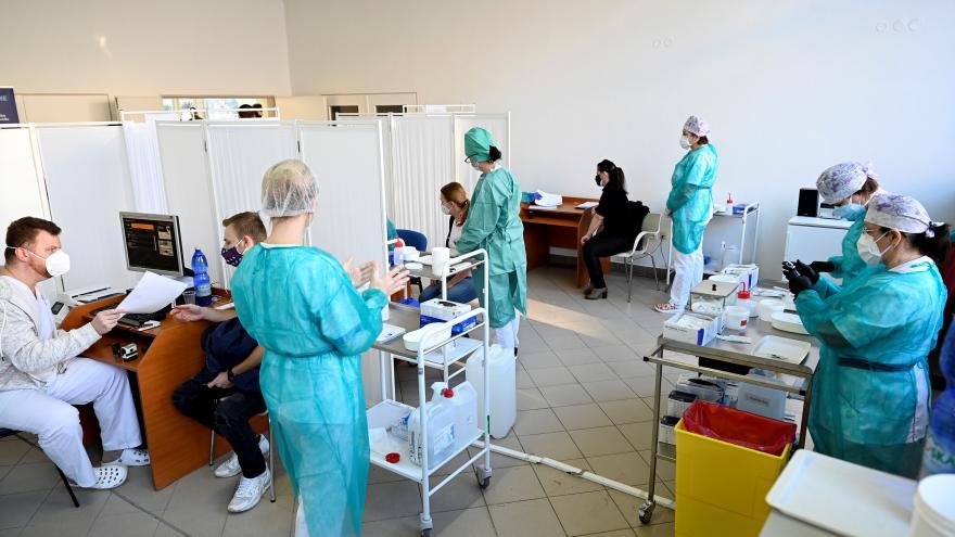 Video Události: Slovensko zavádí nový protipandemický systém